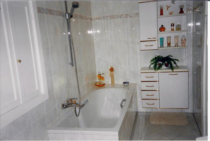 fliesen auf putz verlegen bad mit fliesen und putz bad fliesen rigips verputzen anleitung so. Black Bedroom Furniture Sets. Home Design Ideas